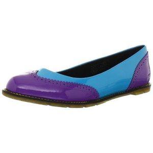 Dr. Martens Women's Ceri Brouge Flats Shoes size 9